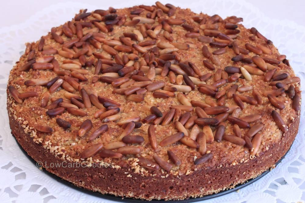 Apfelkuchen mit Pinienkernen LowCarb, glutenfrei