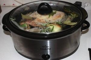 Hühnerkraftsuppe im CrockPot/SlowCooker